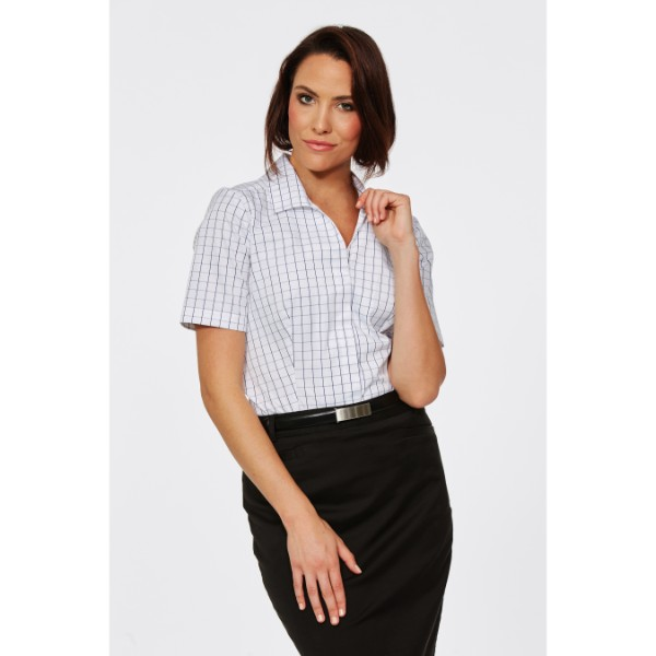 Graph Fitted Short Sleeve Blouse- 6201S23